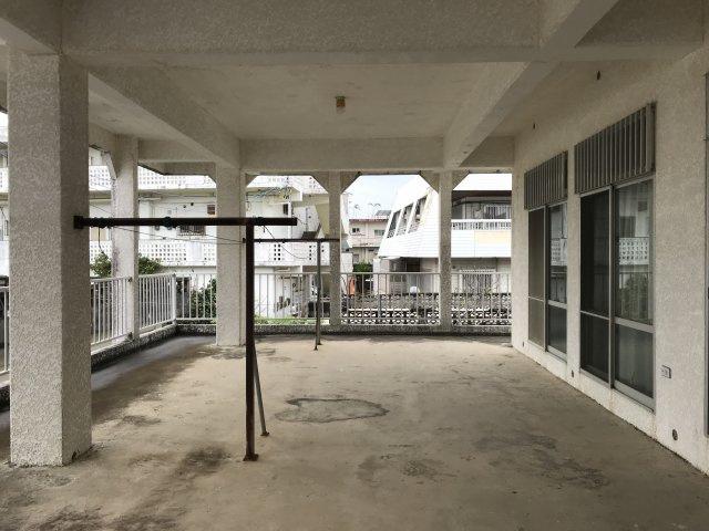 【バルコニー】沖縄市胡屋3丁目戸建て