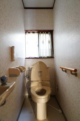 【トイレ】築山戸建西