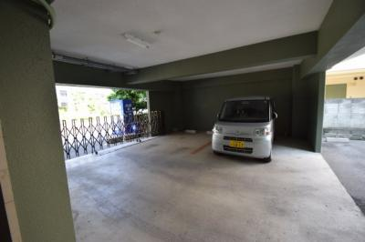 【駐車場】チサトマンション