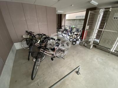 シャトー京橋 駐輪場