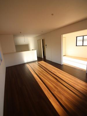 【居間・リビング】富士市松岡 全4邸 4号棟