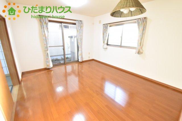 【居間・リビング】北本市下石戸7丁目 中古一戸建て