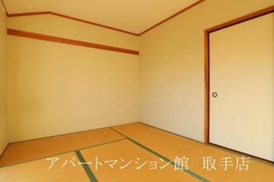 【寝室】オレンジ館