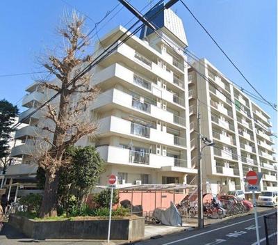 総戸数128戸、鉄骨鉄筋コンクリート造8階建のマンションです。