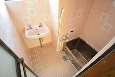 【浴室】西山町4丁目貸家