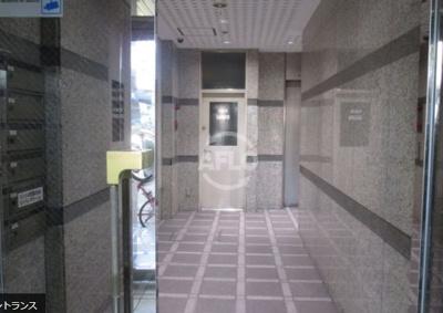 新賑橋ビル新館 エントランス