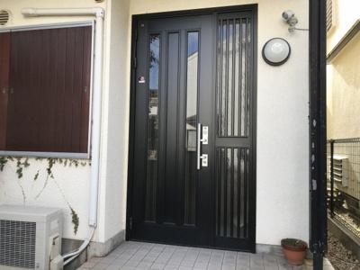【玄関】神戸市西区南別府4丁目 中古戸建て