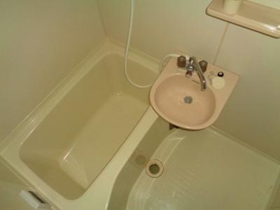 【浴室】ラウンド東田辺
