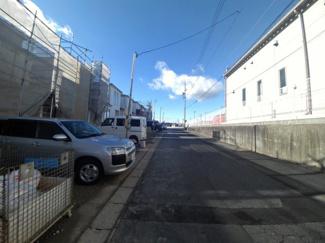 12月17日撮影 前面道路を含む現地