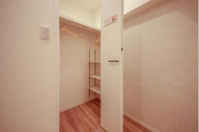 大容量の収納でお部屋スペースを広く有効にお使いいただけます。