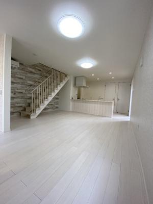 【居間・リビング】百合ヶ丘3丁目 デザイナーズハイスペック新築住宅