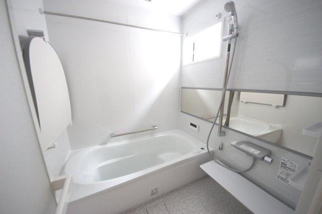 雨の日のお洗濯にも大活躍な浴室換気乾燥暖房機付