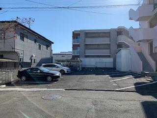 【外観】ミルディエス新坂町 敷地内駐車場