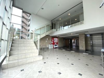 【ロビー】リビオ六甲高羽サニースクエア