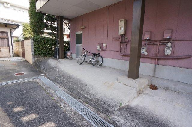 【駐車場】対中町12番ハイツ