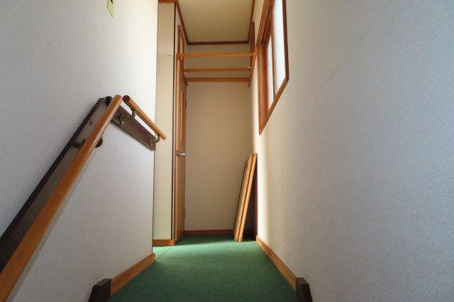 2階ホール手摺付き