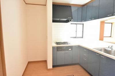 【キッチン】鴻巣市宮前 中古一戸建て