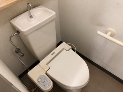 SYビルのトイレです