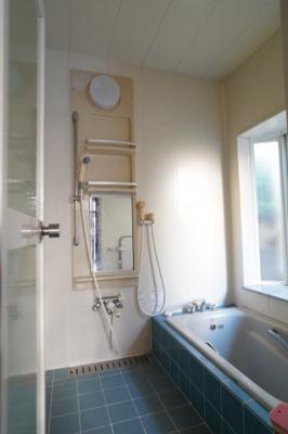 【浴室】築山戸建