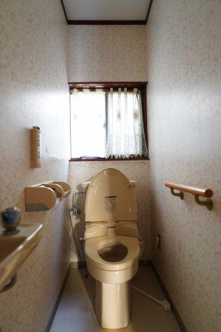 【トイレ】築山戸建