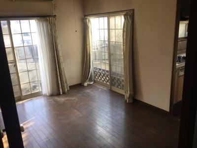【居間・リビング】笛吹市石和町松本 中古住宅