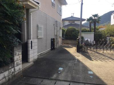 【駐車場】笛吹市石和町松本 中古住宅