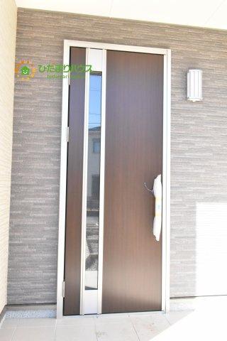 【玄関】鴻巣市原馬室19-1期 新築一戸建て リナージュ 05