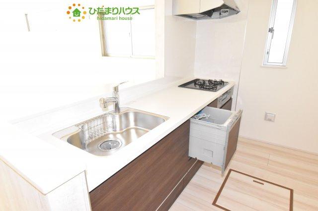 【キッチン】鴻巣市原馬室19-1期 新築一戸建て リナージュ 05