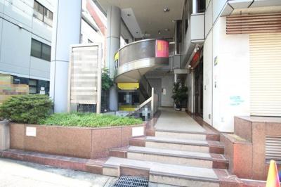 【エントランス】三共ビル