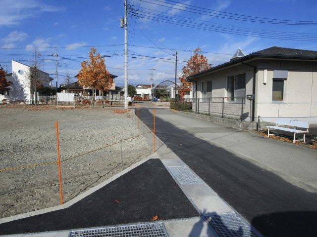 【前面道路含む現地写真】南アルプス市沢登5区画
