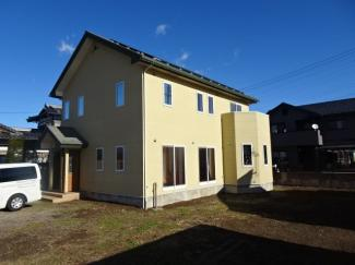 平成19年新築、築13年。築浅の再生住宅です。
