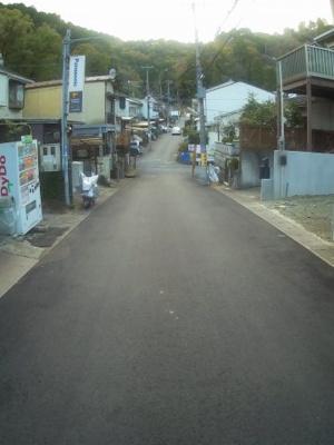 前道(2020年11月撮影)