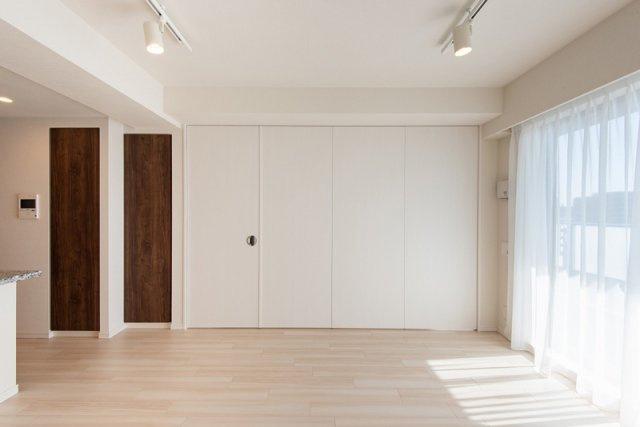クレアホームズ北浦和楓雅の邸:約13.6帖のリビングダイニングキッチンです!