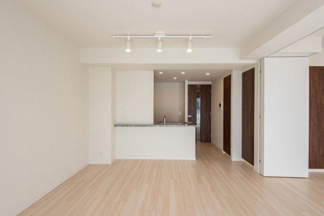 クレアホームズ北浦和楓雅の邸:リビングダイニング部分には床暖房が付いています!
