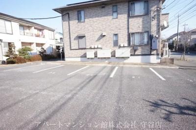 【駐車場】コーポファミーユG