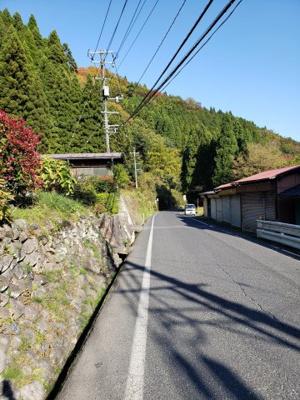 【前面道路含む現地写真】鳥取市佐治町森坪中古戸建