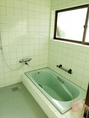 【浴室】鳥取市佐治町森坪中古戸建て
