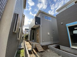 新京成線「二和向台」駅徒歩14分の全2棟の新築一戸建てです。
