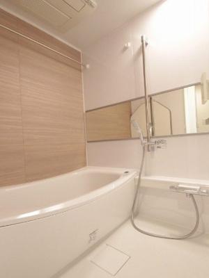 浴室乾燥換気扇付きです!
