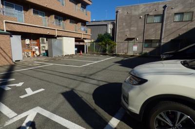 【駐車場】カースル安田