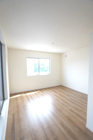 2階8.5帖 WICがあるお部屋です。