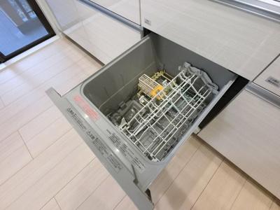 食器洗浄機付です。