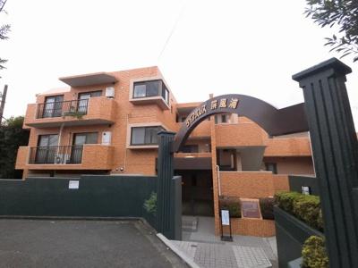 総戸数16戸、1990年4月築のマンションです。 専有面積70.08平米、3LDKのお部屋となります。