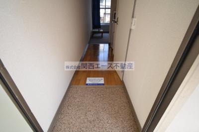 【玄関】レオパレストミー