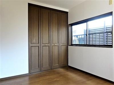 2階洋室(5.2帖)