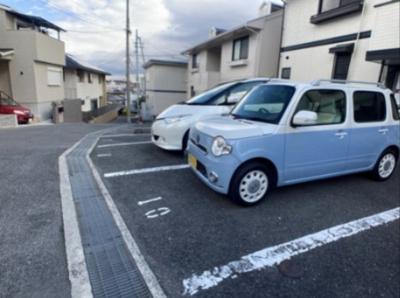 【駐車場】ラベンダーハウスⅡ