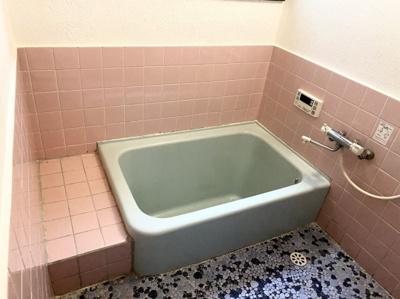 【浴室】粟戸建