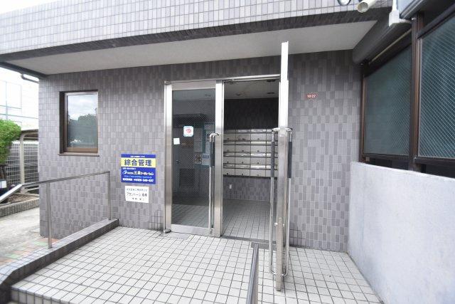 【エントランス】プランドール高槻 (株)Roots
