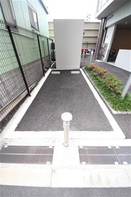 【駐車場】アドバンス大阪城エストレージャ