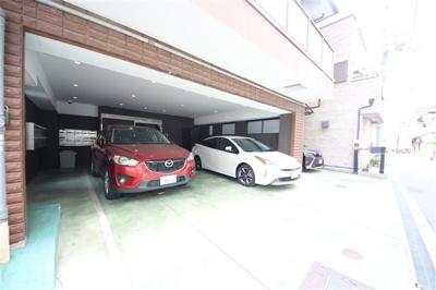 【駐車場】スタシオン梅田イースト